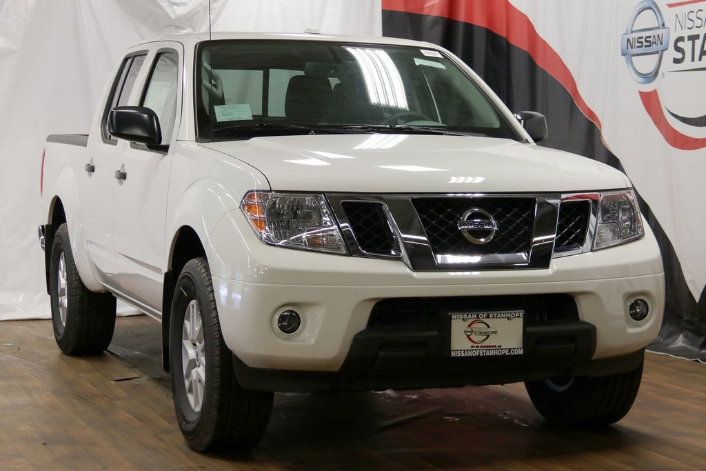 New 2017 Nissan Frontier SV 4WD